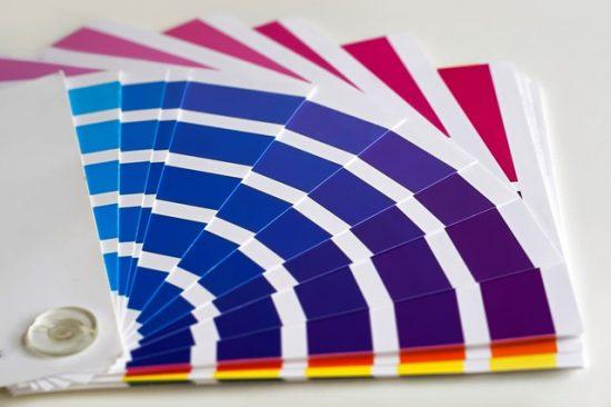 מניפת צבעים של הדפסה דיגיטלית